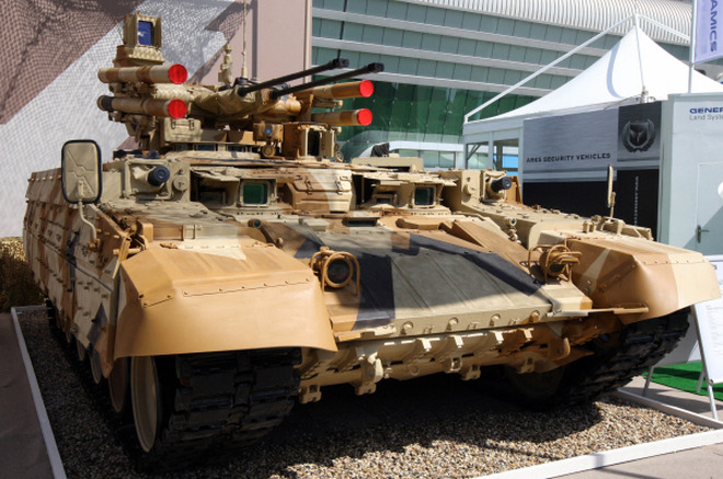Выставка вооружений IDEX-2013 в ОАЭ